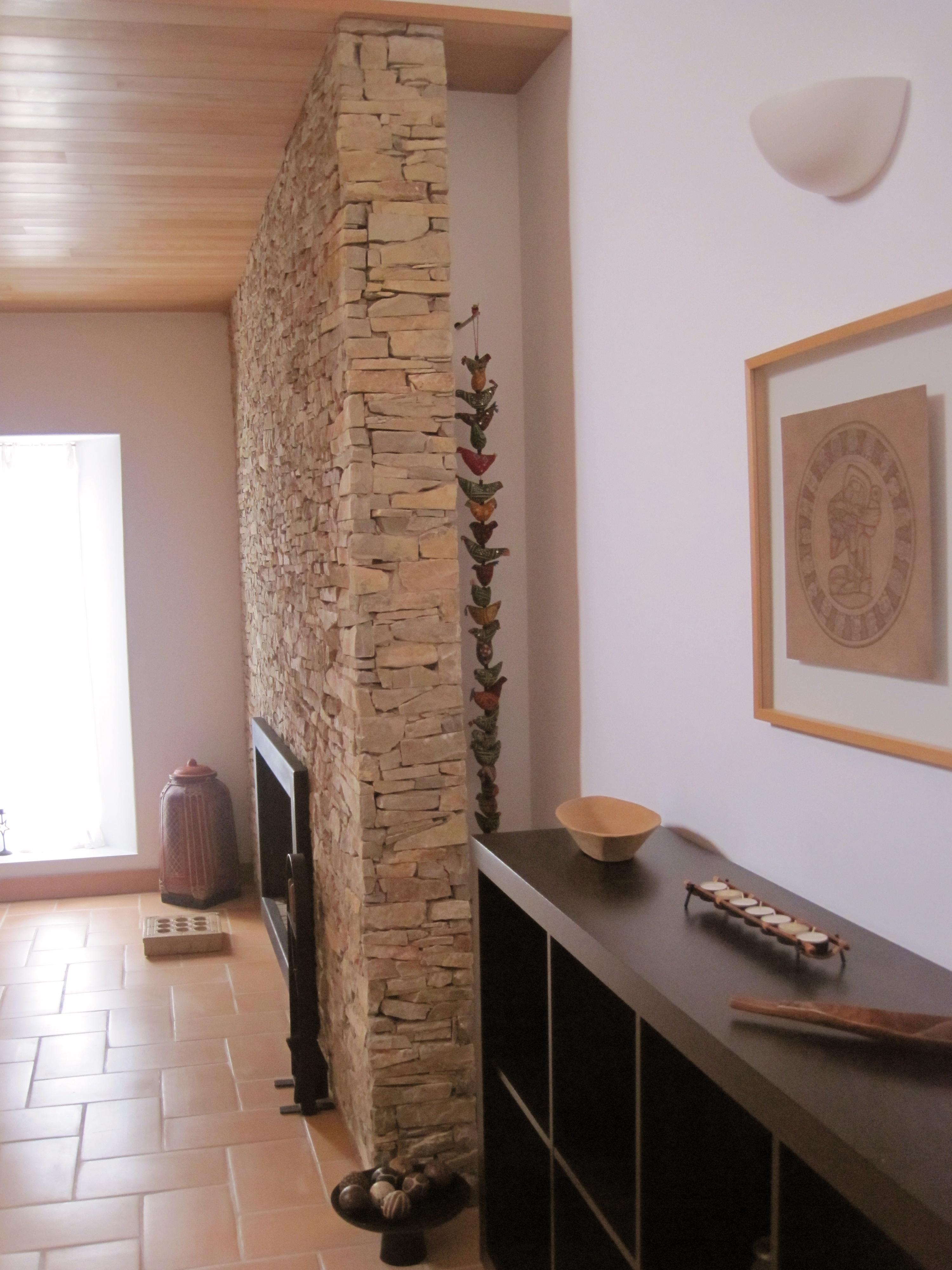 18A- parede lareira sala