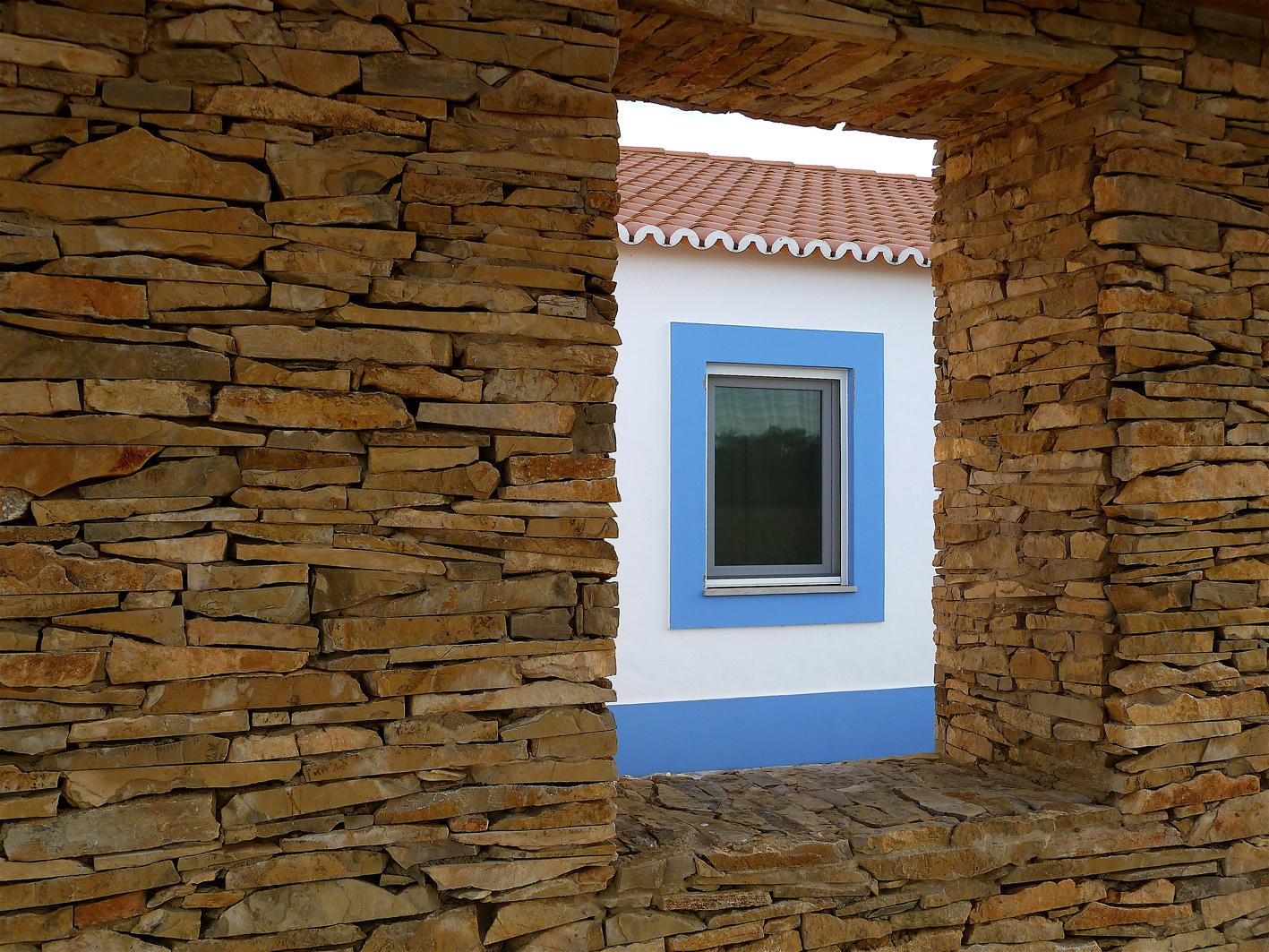 12 - janela muro exterior