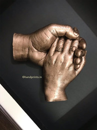 holding hands hp.jpg