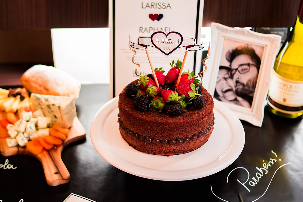 Naked Cake - Surpresa Aniversário Inesquecível Surpresa