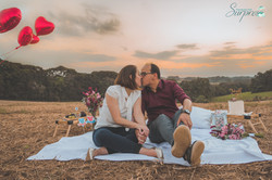 Pedido de casamento no campo