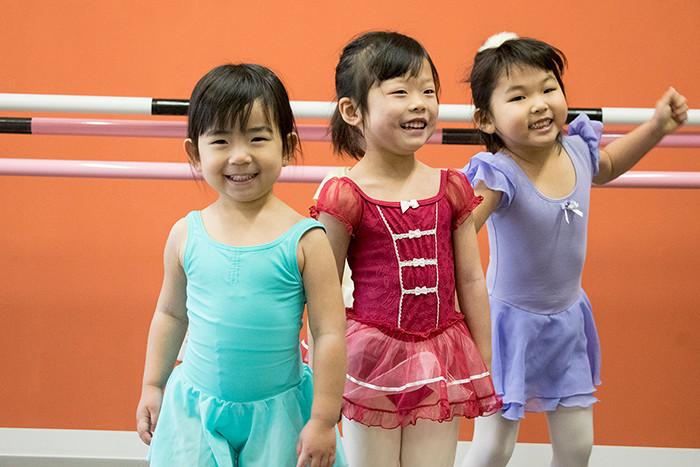バレエ子どもクラス〈プティ〉