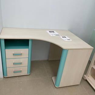 Письмовий стіл Смайл
