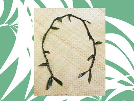 How to make a Hawaiian ti leaf lei