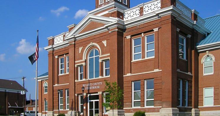 Bullitt_County_Kentucky_Courthouse_edite