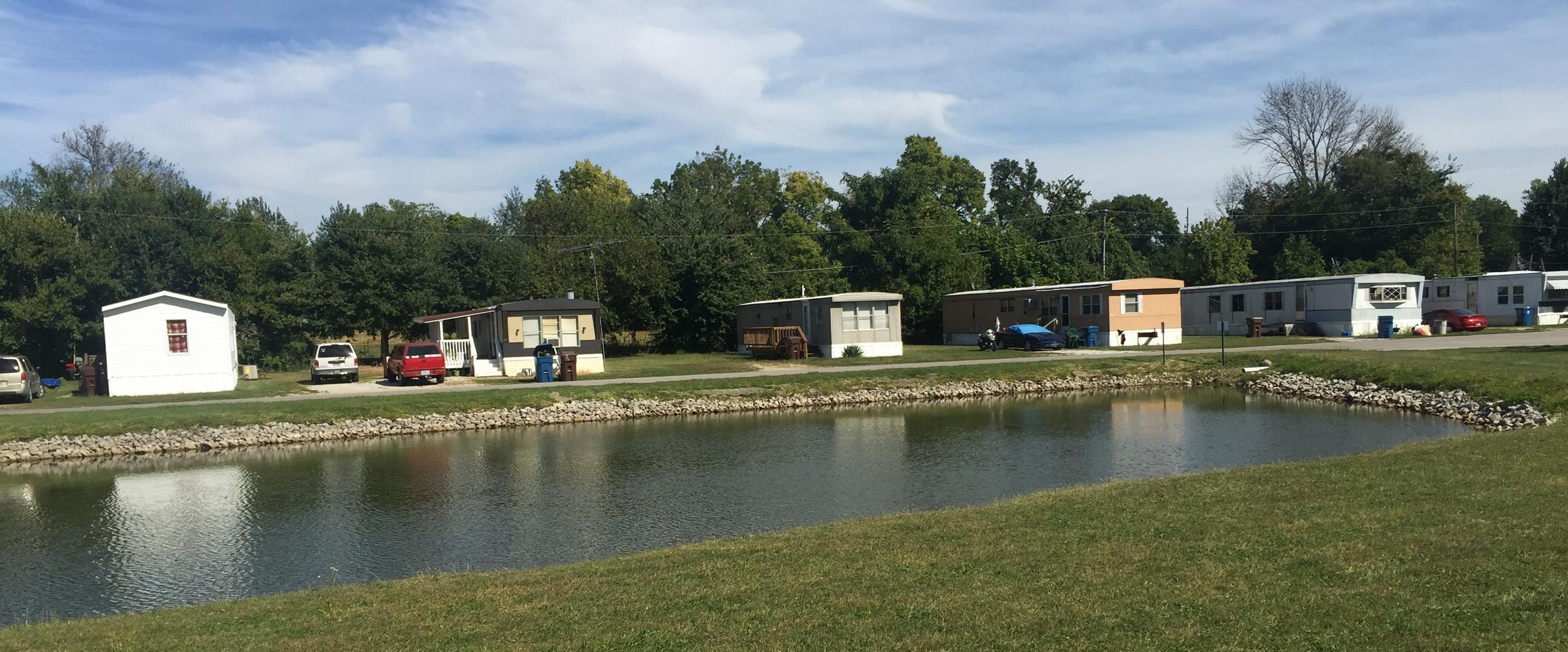 Homes on Fox Lake.JPG