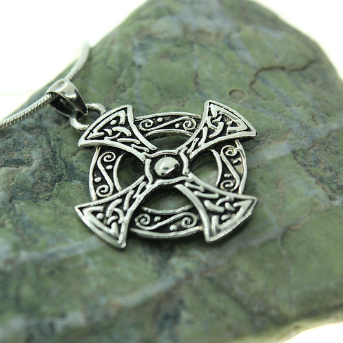 Maltese Cross with Celtic Knot - 925 Sterling Silver Pendant