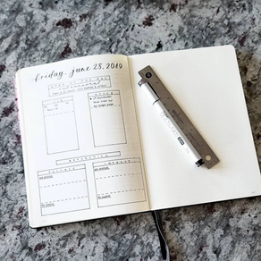 7 Minimalist Bullet Journal Ideas