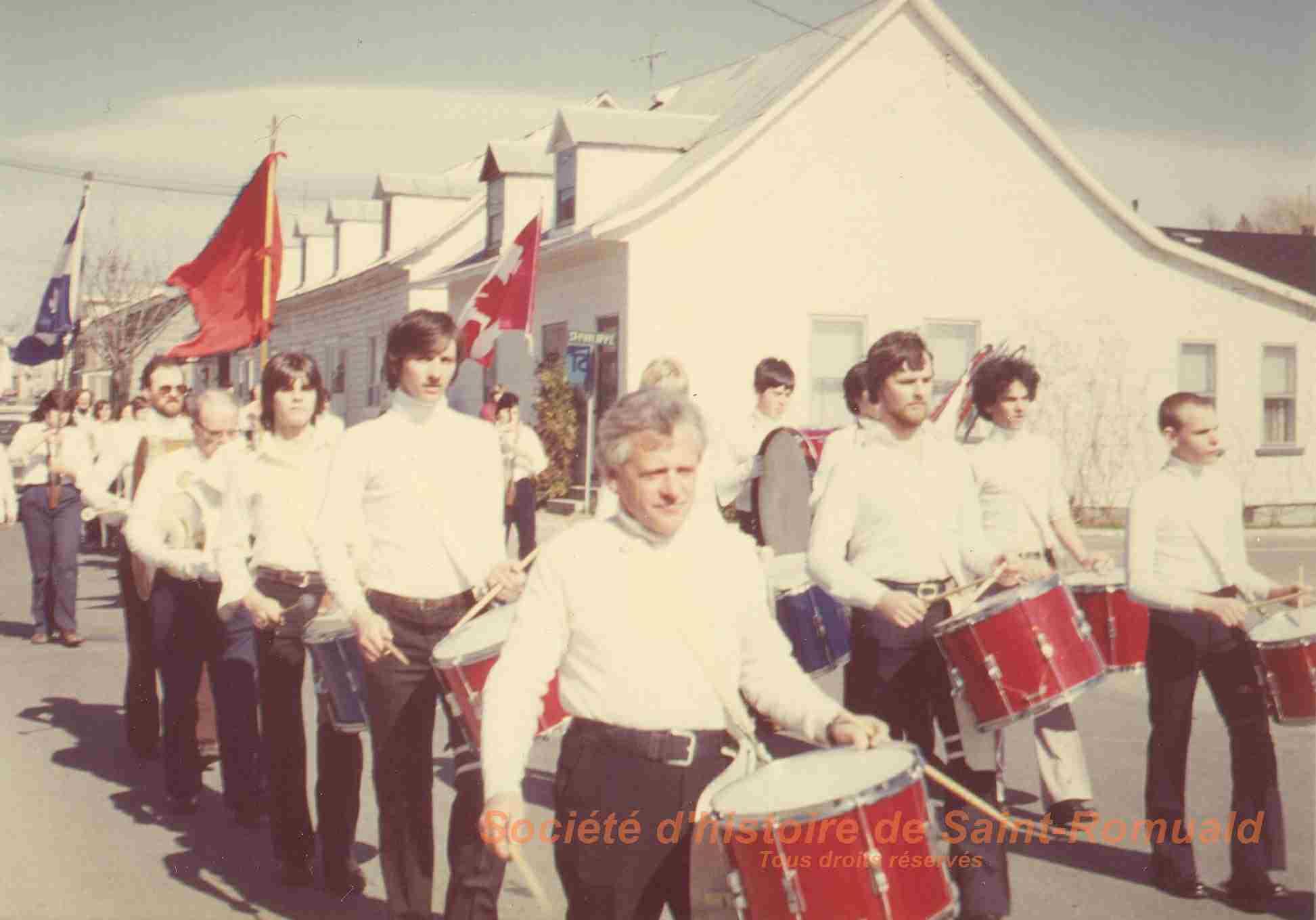 1980. Défilé