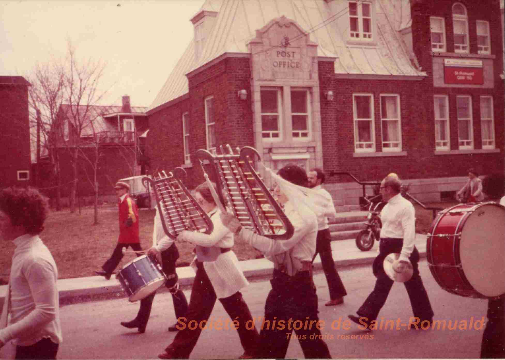 1980. Parade