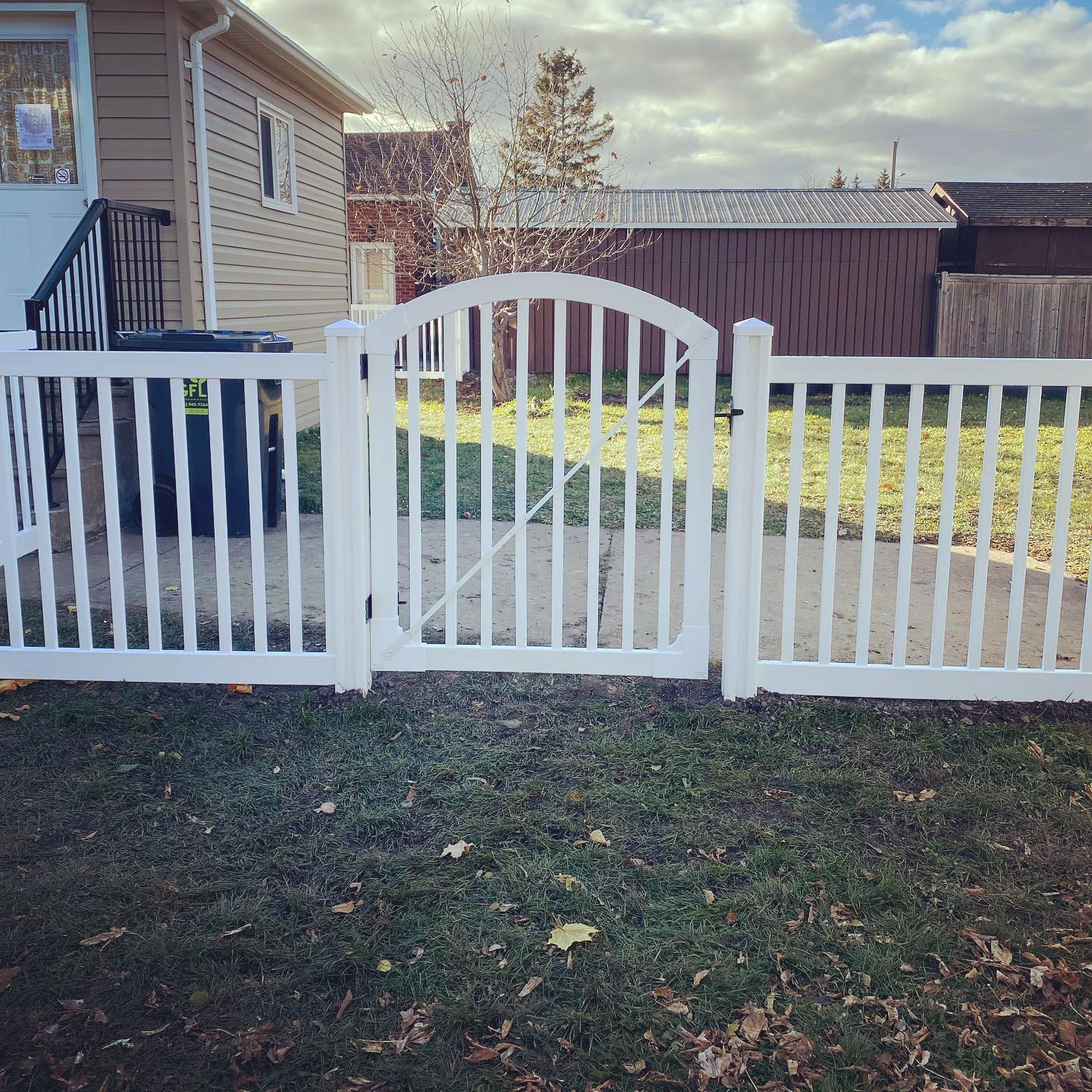 FENCE INSTALL SAULT STE MARIE