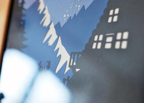 Illustration phosphorescente Cabane dans le Montagne