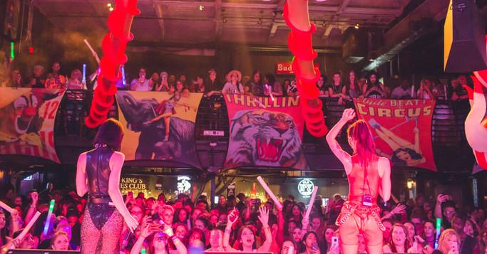 Girls in Wonderland - Orlando