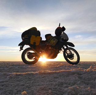 Camping on Uyuni Salt Flats (Bolivia)