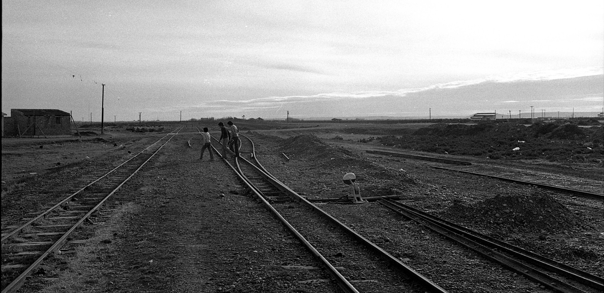 Patagonia Kids RR Tracks