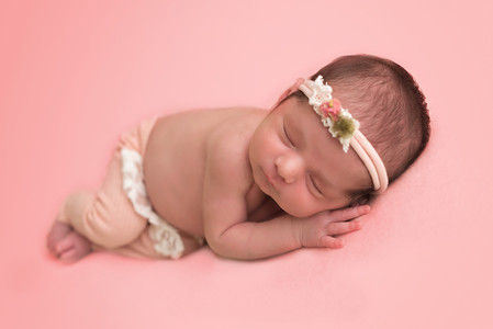 Goodyear AZ newborn photographer