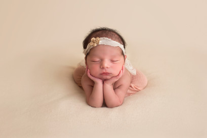 Glendale AZ newborn photographer