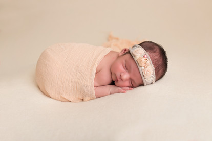 Peoria AZ newborn photographer