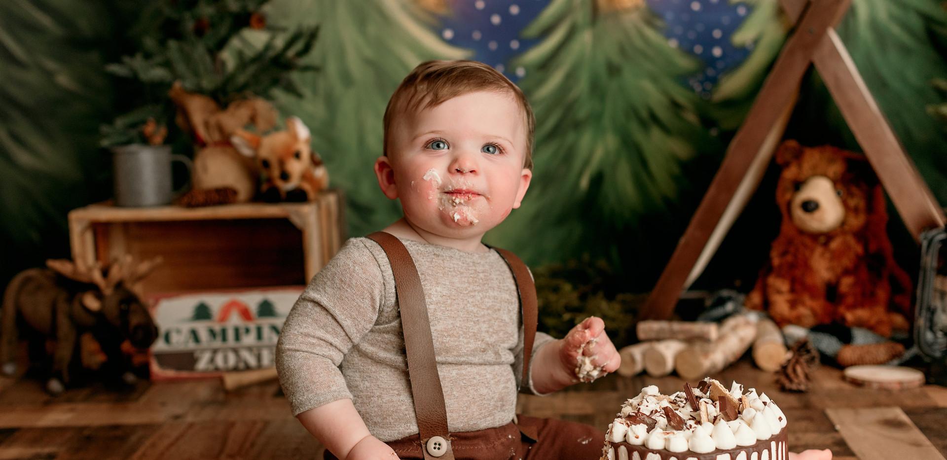 Parker s Cake Smash-JPEG-0016.jpg