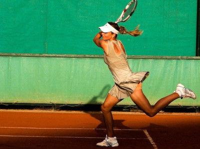 tennis-player-1246768_640.jpg