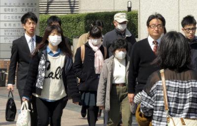 Facemasks-Tokyo-AFP-JIJI-400.jpg
