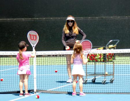 Tennis-Club-Business-Stephanie-Meyer