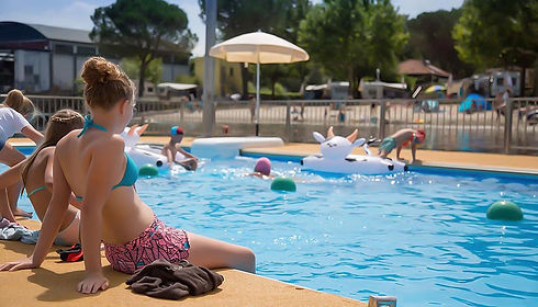 piscina camping italia lido.jpg