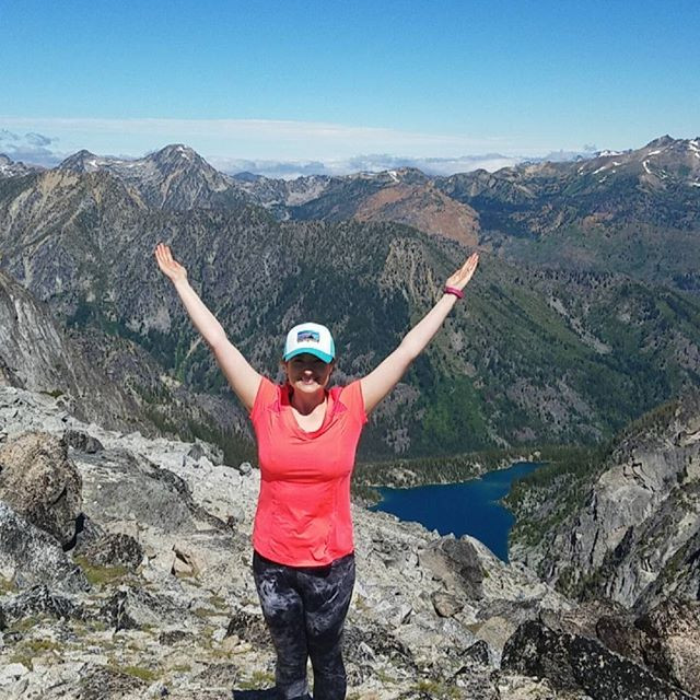 I hiked the Enchantments in one day! 21 miles (51K steps) in 14 hours! This was the most physical and metal thing I've ever accomplished!