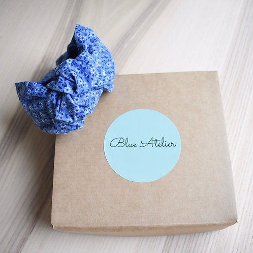 Blue blooms knotted headband