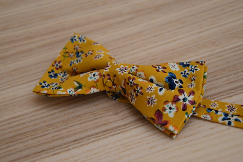 Bow tie Yellow Posy