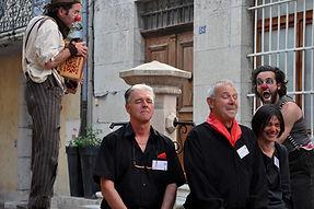 Déambulation des clowns - Cie Grange à Papa