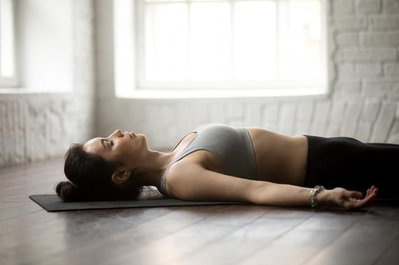 yogi2me-savasana-yoga-1920x1280.jpeg