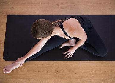 Embody Wellbeing Yoga Teacher Training Yinbody 85 Justine Janssen