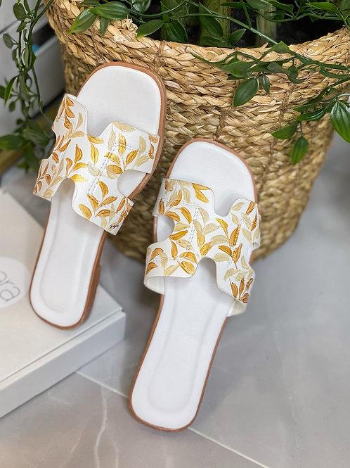 36 Helly Sandal:White Gold
