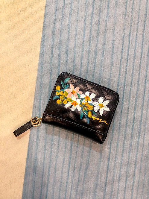 Wrist wallet Oct18: Black Daisy