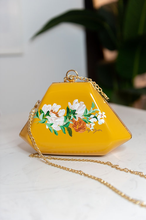 17FEB21SLING - Diana diamond bag in Yellow