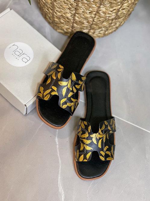 36 Helly Sandal: Black Gold