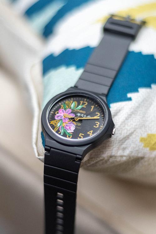 Large Casio Round watch 02