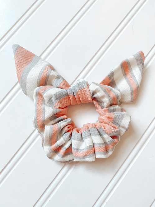 Savannah Peach Scrunchie