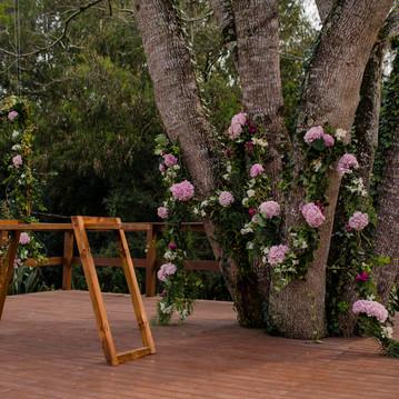 Altar de Casamento no Campo