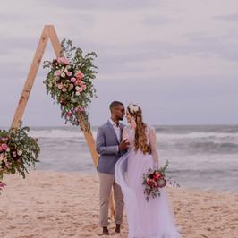 Altar de Casamento na Praia