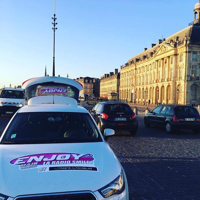 On vous offre des croissants ce vendredi matin à #Bordeaux ! #BordeauxMaVille #Enjoy33 #Le48