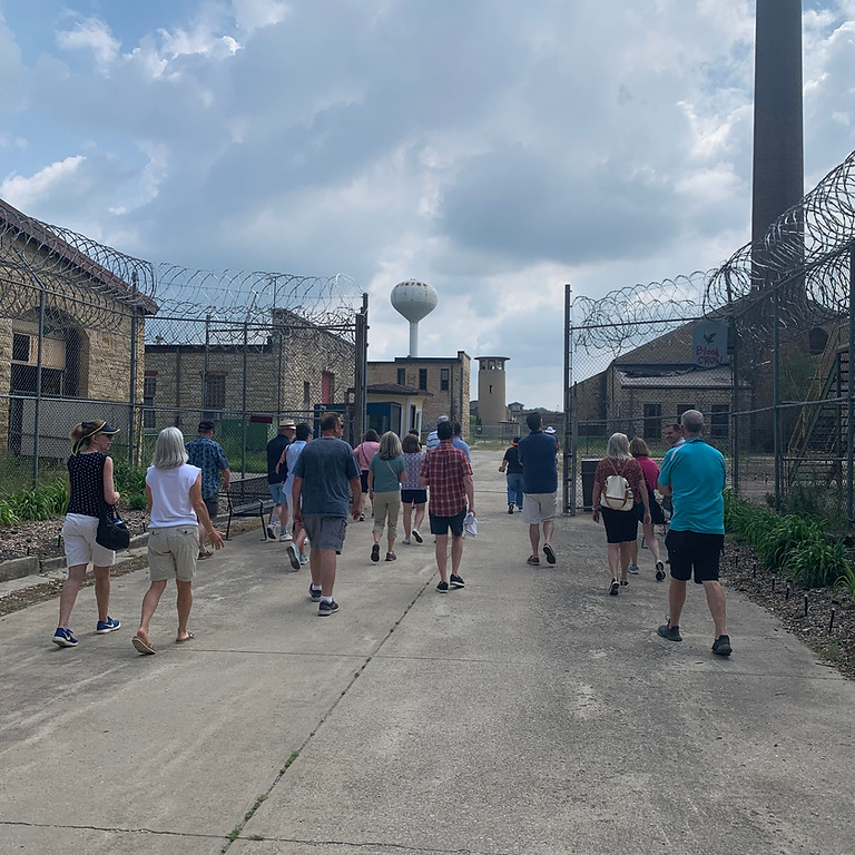 Chicago and Movies in Prison   Public Walking Tour