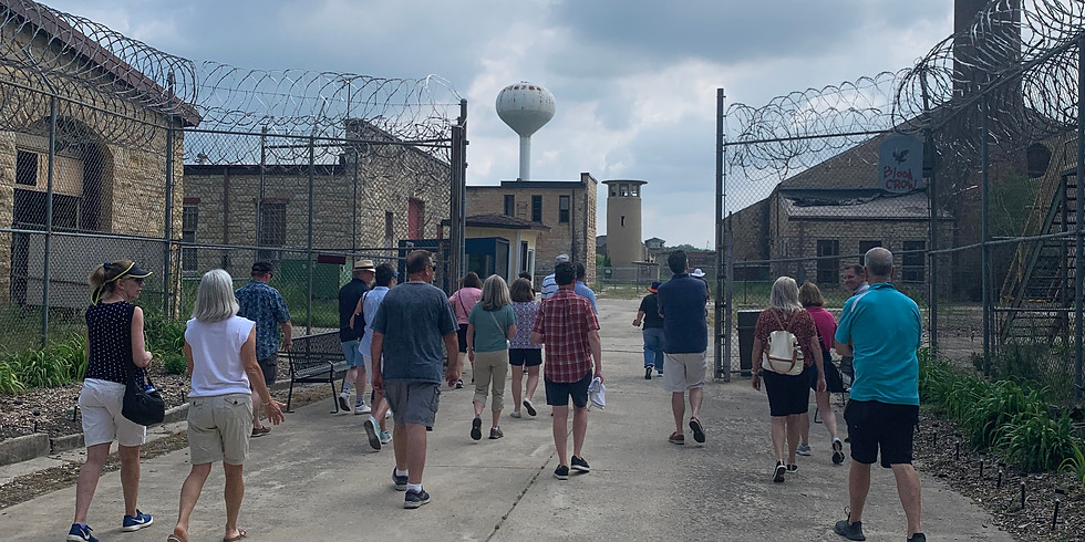 Chicago and Movies in Prison | Public Walking Tour