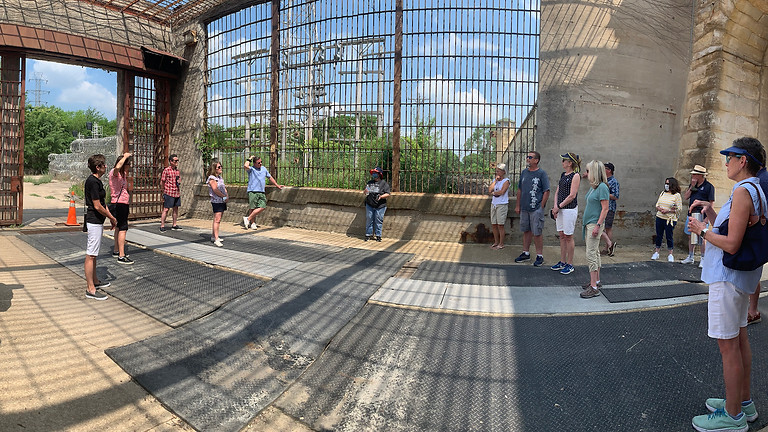 Chicago and Movies in Prison | Walking Tour