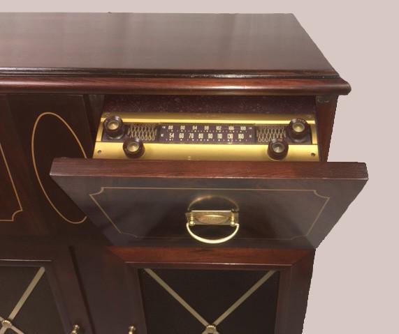 Antique AM FM Record Player Radio Dial