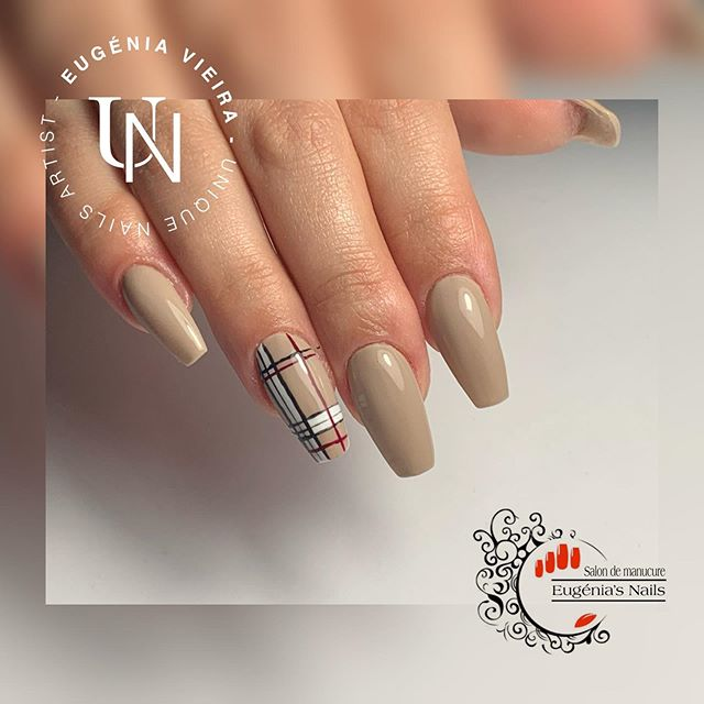 Nails Barrbery