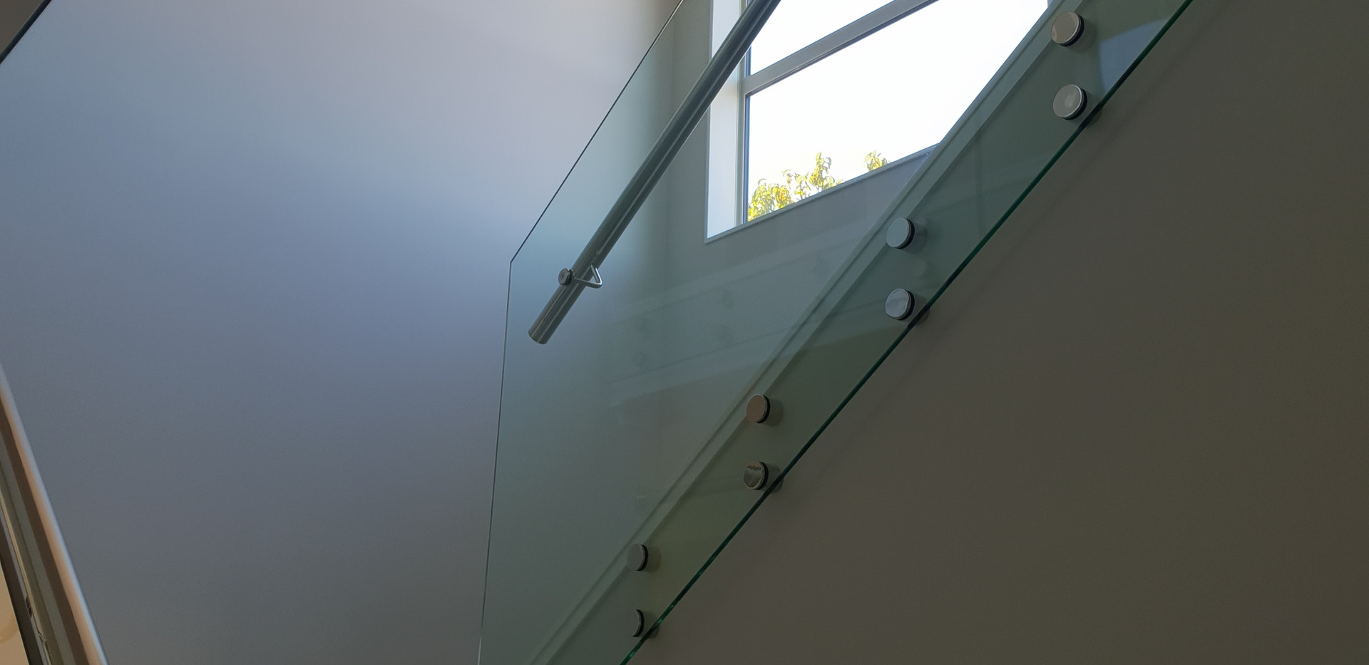 Glass rail after clean
