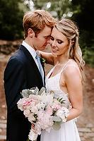 Bride and groom at their nashville Cheekwood wedding.