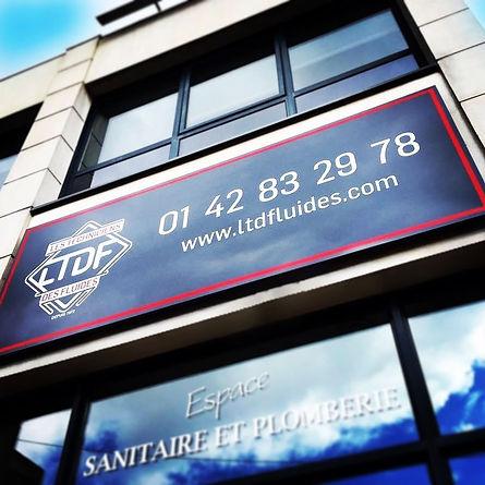 Vitrine et logo LTDF.JPG